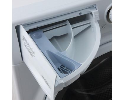 Стиральная машина Hotpoint-Ariston RST 601 W